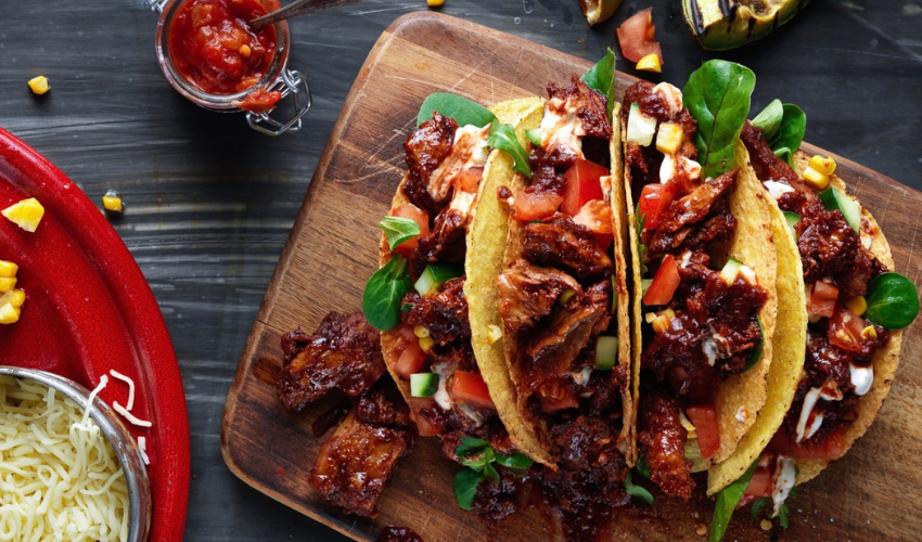 Recipe: Pulled Oumph! Vegan Tacos